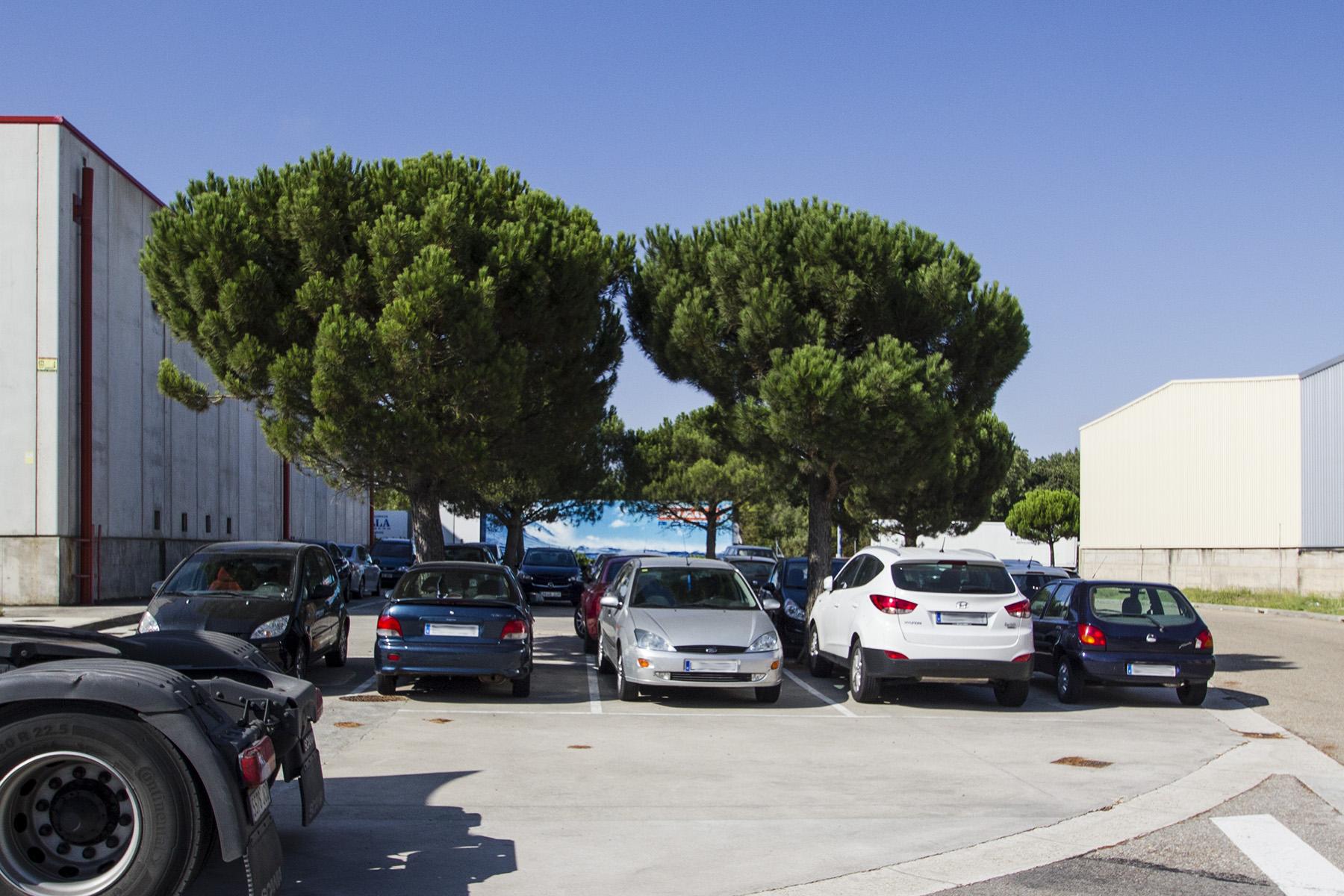 aparcamiento-turismos-exterior