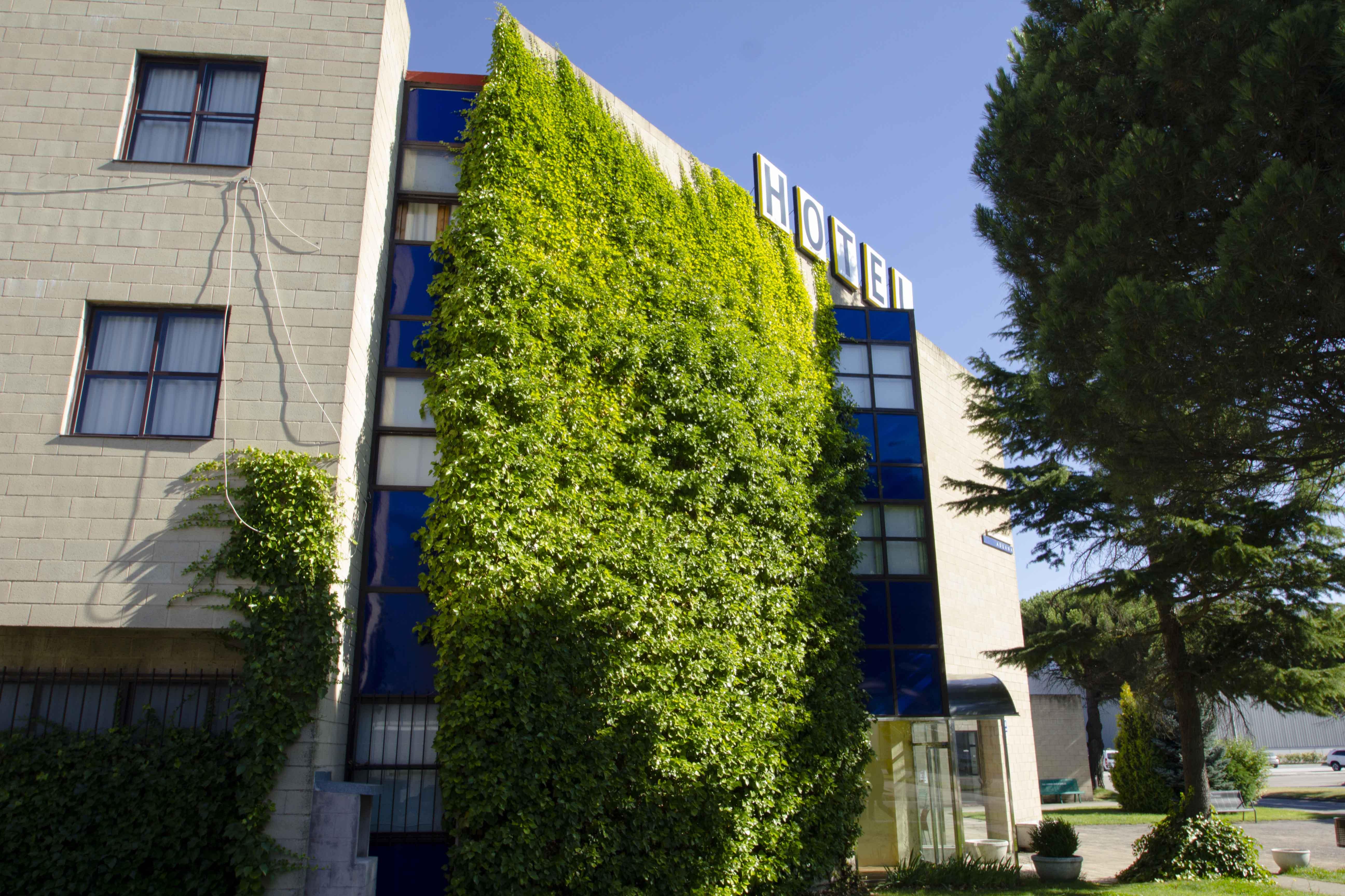 exterior-hotel2